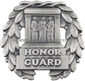 U S  ARMY GUARD, TOMB OF THE UNKNOWN SOLDIER IDENTIFICATION BADGE